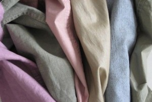 come togliere la muffa da tessuti e vestiti