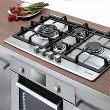 Come pulire il piano cottura e i fornelli