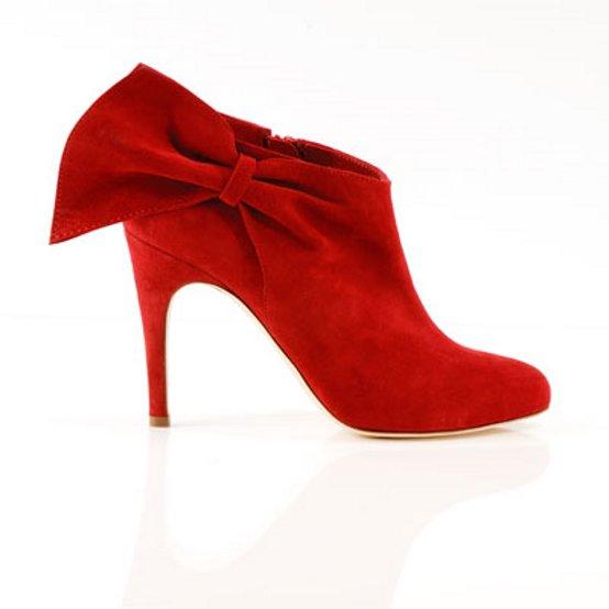 Consigli per una corretta pulizia delle scarpe in camoscio