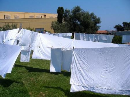 Come fare il bucato bianco splendente