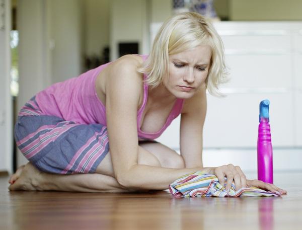 Come pulire per terra e lucidare il pavimento