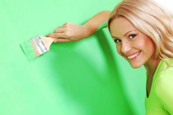 Come pulire macchie di vernice dai vestiti