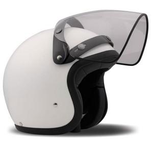 pulizia della visiera del casco