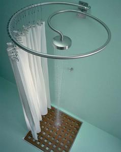 pulizia della tenda della doccia