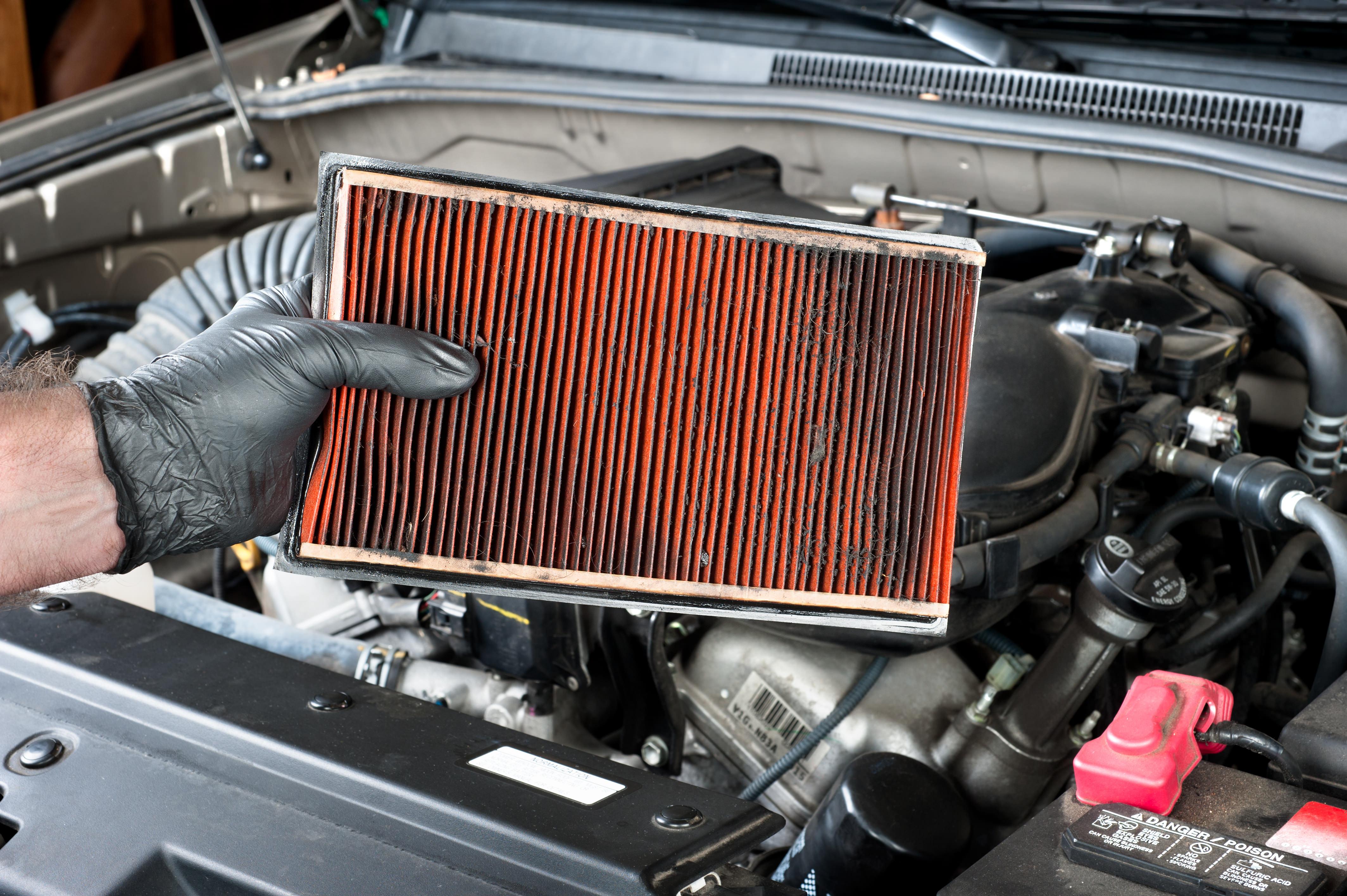 Come pulire il filtro d'aria dell'auto