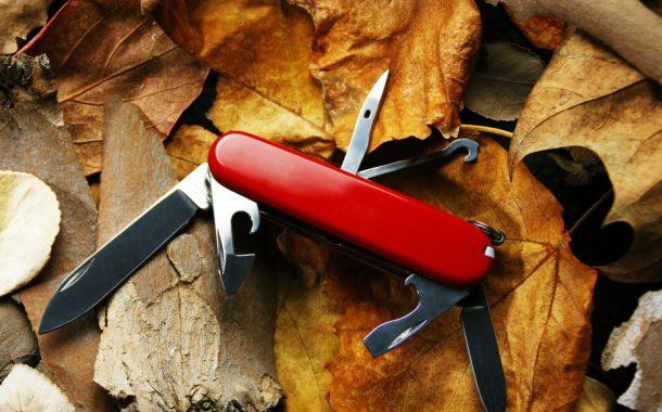 Come pulire un coltellino svizzero