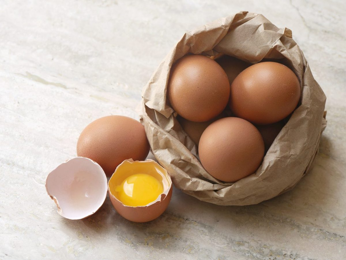 Come pulire le macchie di uova