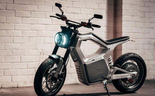 Come pulire uno scooter elettrico